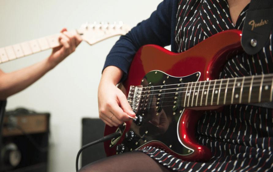 Comment bien apprendre la guitare